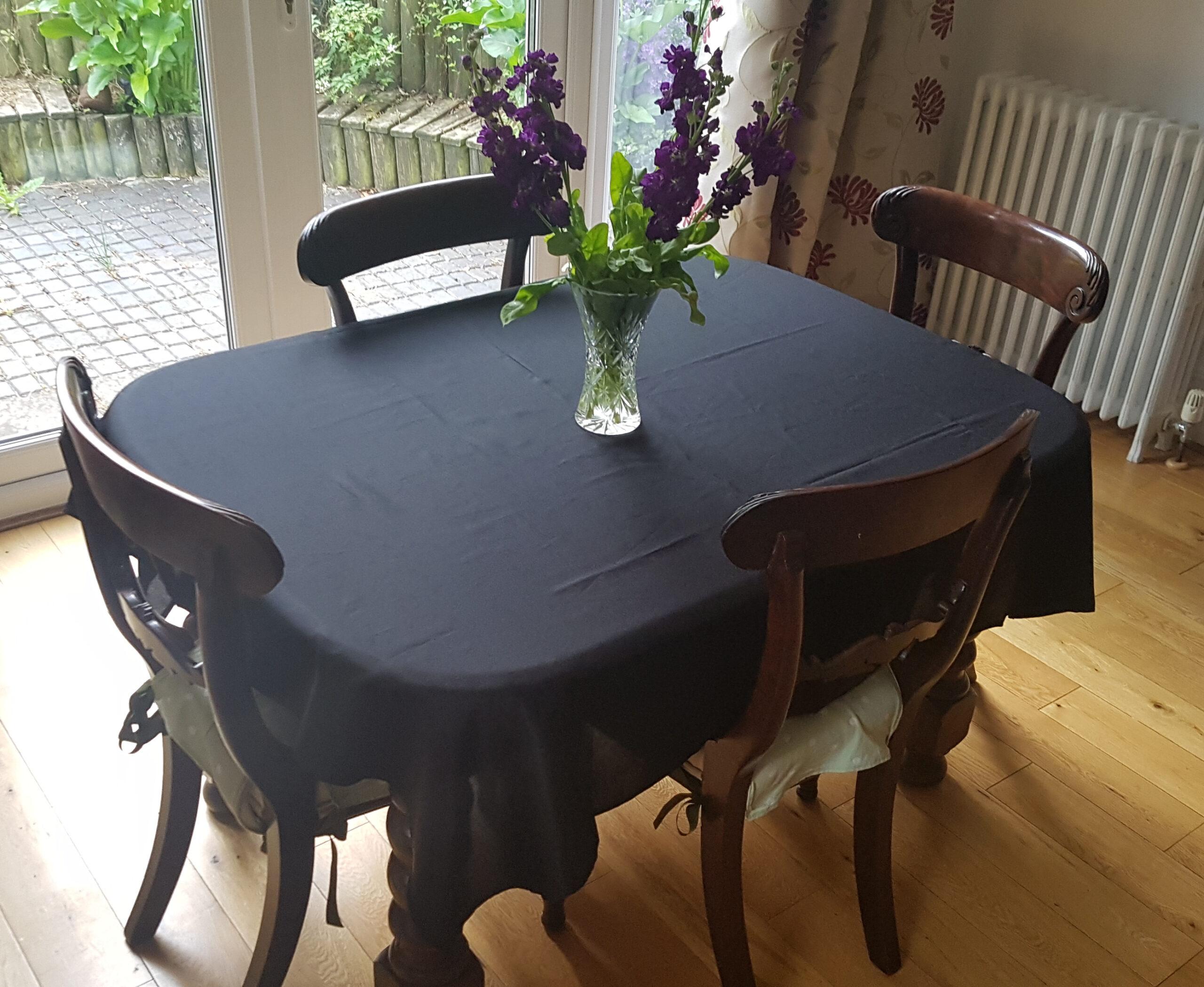 Large Deluxe Tablecloth, Stain Resistant Terylene Twill Plain, 4-6 settings, 142x142cm, Black