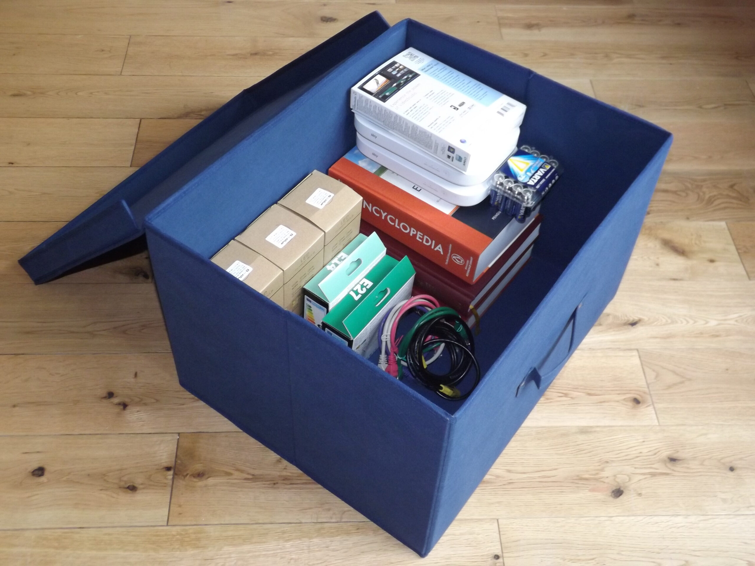 Jumbo Foldable Box With Lid, Heavy Duty, 60 Litre Capacity, 50x40x30cm, Blue