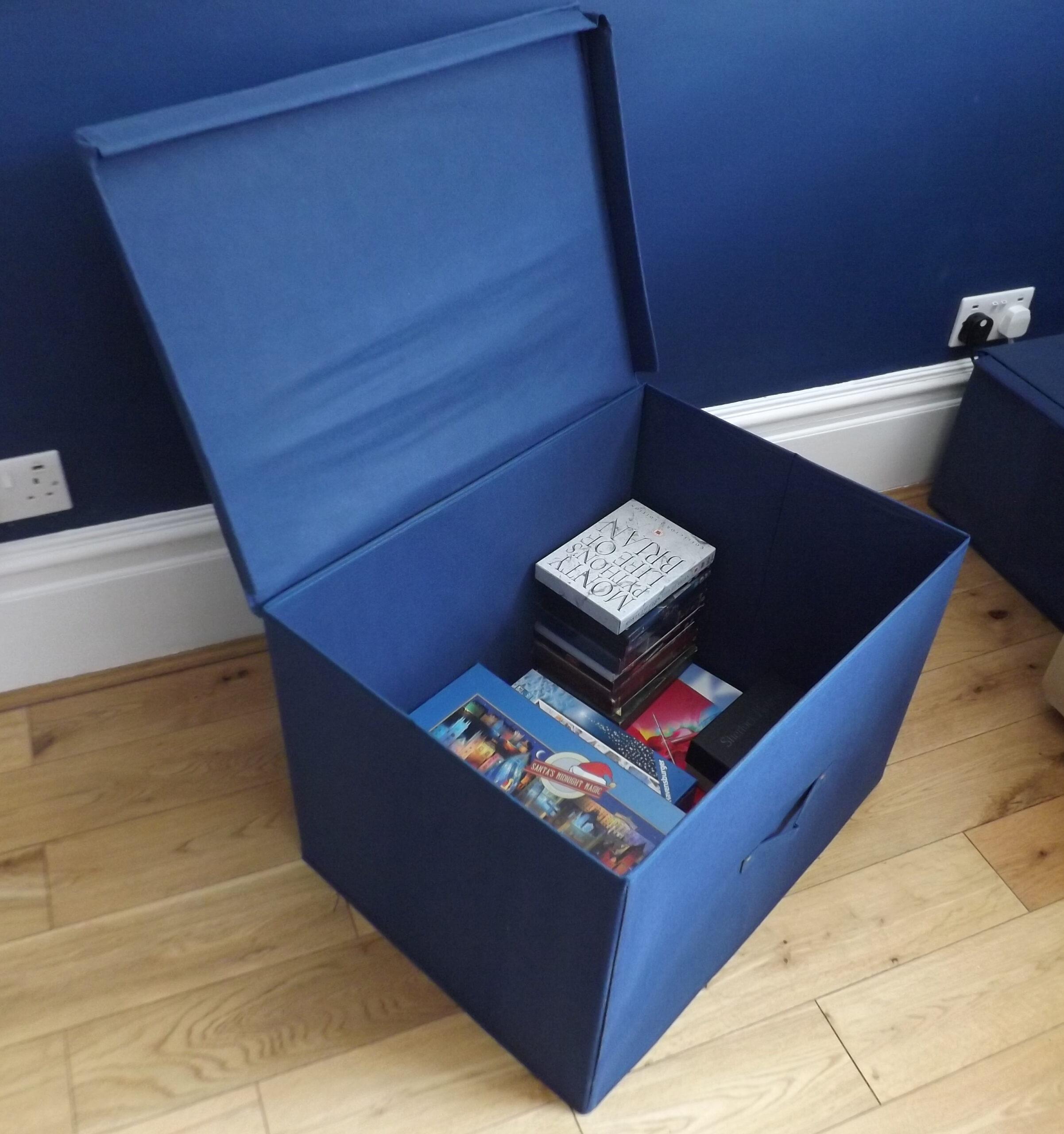 Super Jumbo Foldable Box With Lid, Heavy Duty, 100 Litre Capacity, 60x45x40cm, Blue